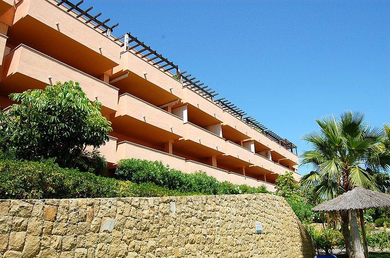 for-rent-apartment-sotogrande-and-la-duquesa_01